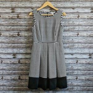 Dana Buchman | Houndstooth Fit & Flare Dress | 6
